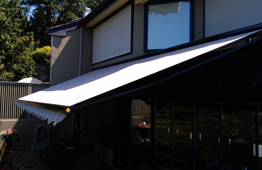 Vernon Retractable Awnings Okanagan Shade And Shutter